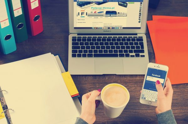 Como as redes sociais auxiliam o trabalho do contador